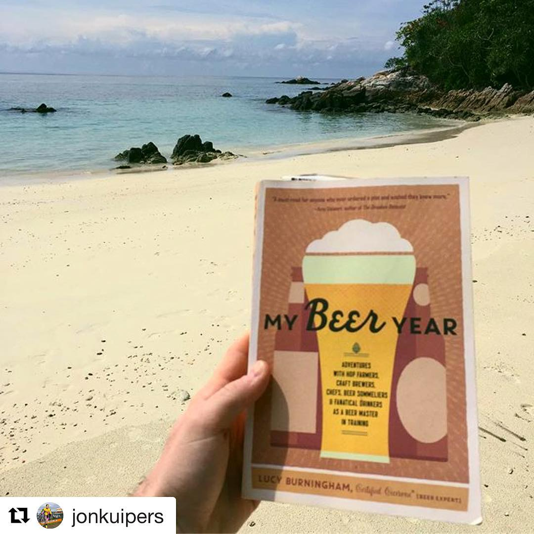Feeling jealous of this copy of My Beer Year, which is on a beach in Thailand. Thanks @jonkuipers for the 📷! #mybeeryear #thailand #travel