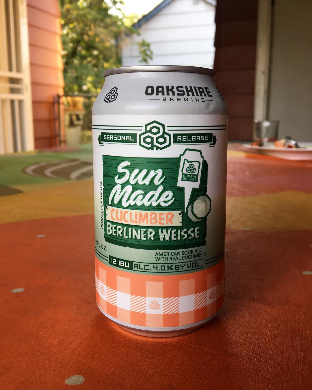 What are you drinking to quench your thirst on these hot days? This cucumber berliner weisse from @oakbrew is hitting the spot. Thanks to @matthallartpdx for the recommendation! 🙌🏼 #beerme #craftbeer #oregonbeer #oakshirebrewing #craftnotcrap #instabeer #beer #mybeeryear #beerstagram