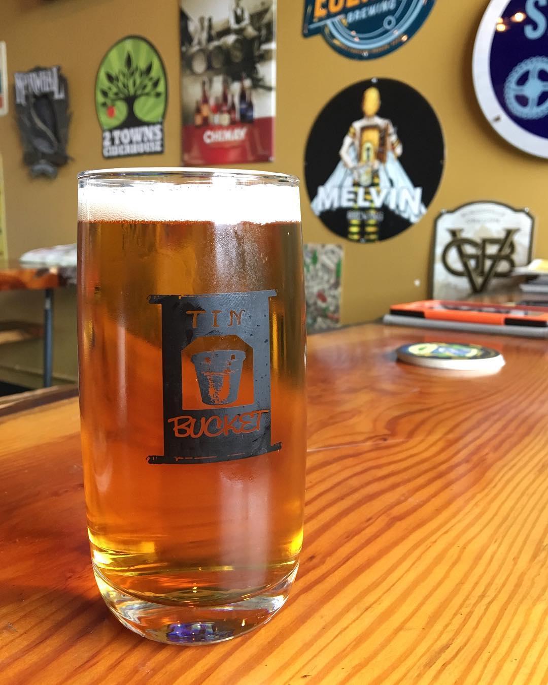 PSA: Friday beers taste SO GOOD. 🍻