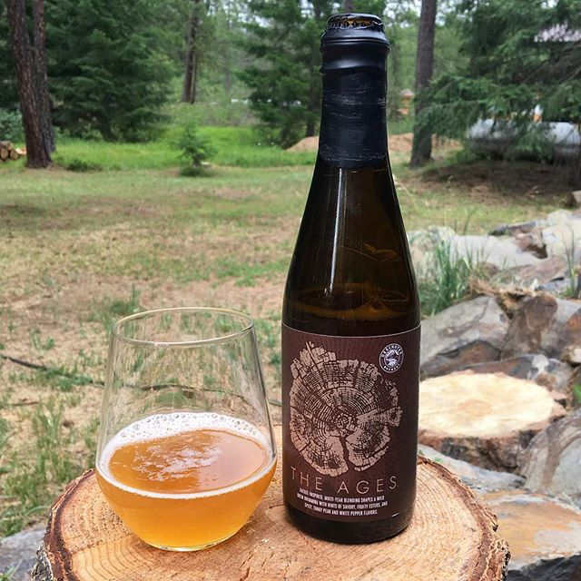 Sitting in one of my favorite backyards, hoping no one sets the forest on fire. 🔥💥🇺🇸Drinking a bunch o good beer, including this gem from @deschutesbeer. Gueuze inspired. Oak. Blended. Yup. #beertastesbetteroutside