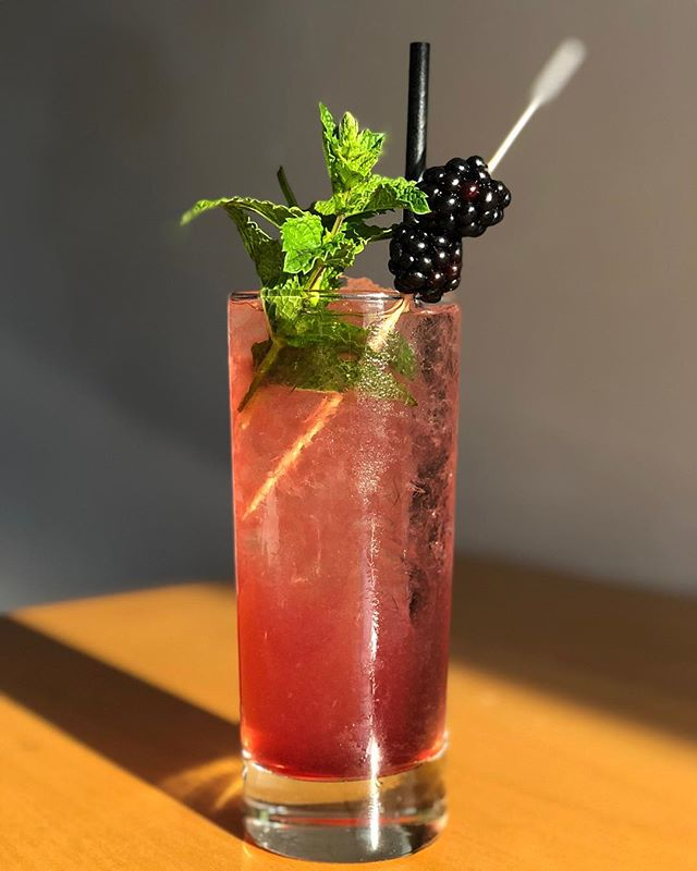 Gratuitous shot of summer in a glass @aviarypdx. The days are getting shorter. Get it. 📷: @mark.royer